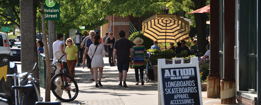 With an eclectic mix of more than 185 businesses, downtown East Lansing is the perfect place to shop, dine and have fun.